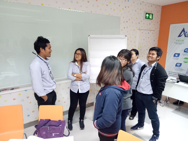 PROACTIVE LEADERSHIP (บริษัท แมคคีย์ ฟู้ด เซอร์วิสเซส (ประเทศไทย) จำกัด)